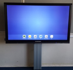 Clevertouch screen installed